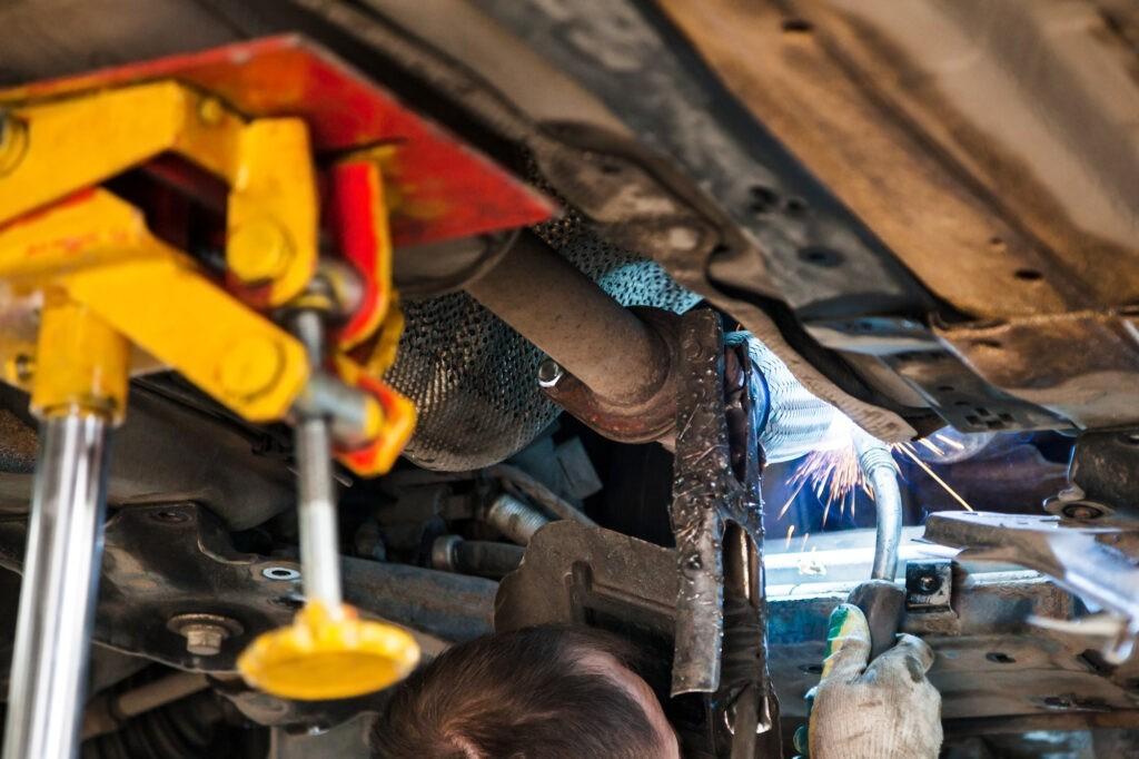 Диагностика и ремонт выхлопной системы автомобиля Киев цена Лесная