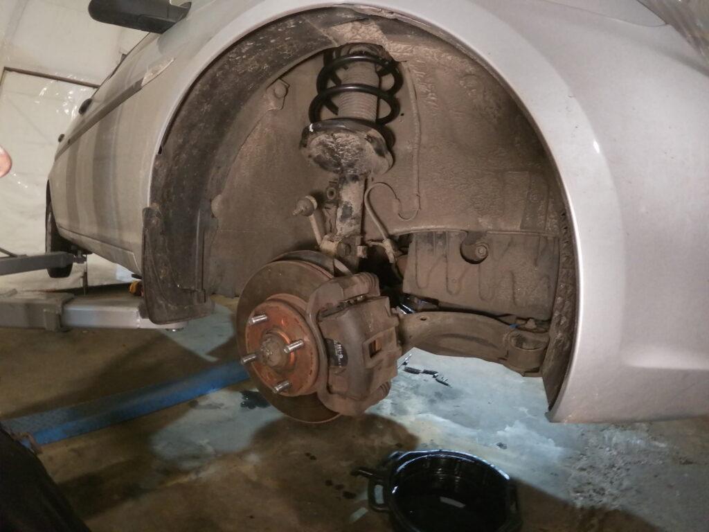 Диагностика и ремонт ходовой части, подвески авто Киев цена Лесная