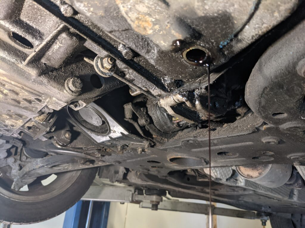 Замена масел и технических жидкостей авто Киев